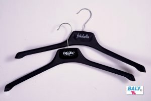 HIGH QUALITY DRESS, BLOUSE, SHIRT AND KNITWEAR HANGERS SAMPLE 5