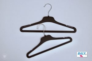 HIGH QUALITY DRESS, BLOUSE, SHIRT AND KNITWEAR HANGERS SAMPLE 9